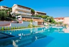 grecia-corfu-marina-apartments-piscina